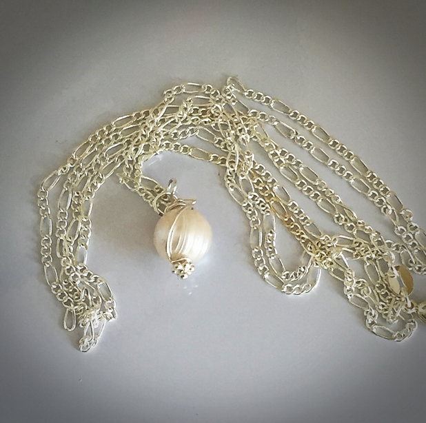 FRESHWATER PEARL AND STERLING NECKLACE
